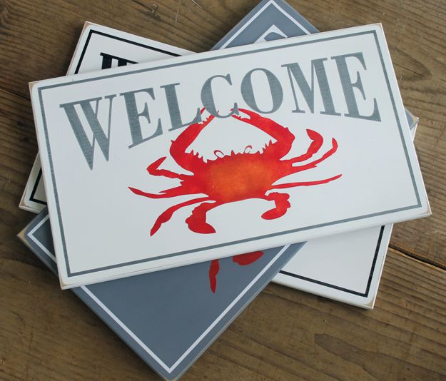 welcome crab sign